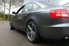 Audi-A4-grau-2