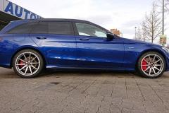 Mercedes-C-Klasse-Kombi-blau-AMG-Borbet-1