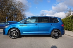 VW-Touran-blau-Carmani-13-2